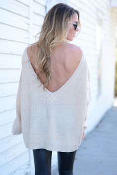 Britney Beige V-Back Sweater | Foi Clothing Boutique | V-Back Sweater | Fall 2016 Fashion | Also Available in Wine | Must Have  | Shop now on www.foiclothing.com | Sweater Weather | Blogger Style | WIWT | OOTD | Trendy Basic |