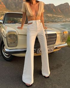 Spring Fashion Tips Mode Outfits, Trendy Outfits, Fashion Outfits, Fashion Tips, Casual Office Outfits Women, Fashion Articles, Fashion Quotes, Chic Outfits, Fashion Brands