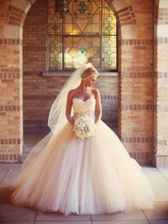 Stunning Wedding Ballgown normally don't like ball gowns but this is gorg