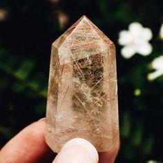 luminosity_crystals
