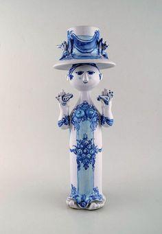 Objects, Auction, Woman, Kunst