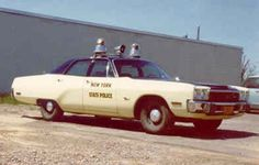 1973 Plymouth Fury Police New York State Police Old Police Cars, Ford Police, Police Patrol, State Police, Emergency Vehicles, Police Vehicles, Ford Mustang 1967, Troops, Soldiers