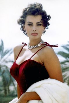Sophia Loren, 1955.  La Dolce Vita: The Best Vintage Photos of Sophia Loren  - ELLE.com