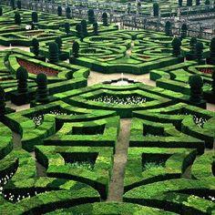 Parterre, The Château de Villandry, Villandry, Indre-et-Loire, France. - www.castlesandmanorhouses.com