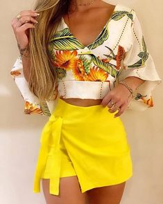 Trend Fashion, Winter Fashion Outfits, Look Fashion, Summer Outfits, Girly Outfits, Casual Outfits, Cute Outfits, Ruffles, Ruffle Top
