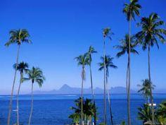 View on Moorea island from Tahiti. Worldatlas.com.