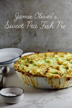 Jamie Oliver's sweet pea fish pie Fish Dishes, Seafood Dishes, Fish And Seafood, Seafood Recipes, Cooking Recipes, Seafood Pie Recipe, Fish Pie Jamie Oliver, Jaime Oliver, Jamie Oliver Fish Recipes