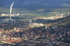 Oberstrass and Irchelpark as seen from Uetliberg, Oerlikon (to the left) and Seebach in the background