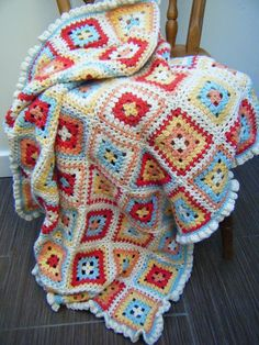 Betsy Makes ....: Petal Patch Blanket