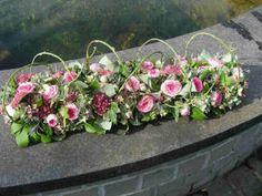 Grave Decorations, Flower Decorations, Funeral Flowers, Wedding Flowers, Creative Flower Arrangements, Wedding Wows, Flora Design, Memorial Flowers, Funeral Arrangements