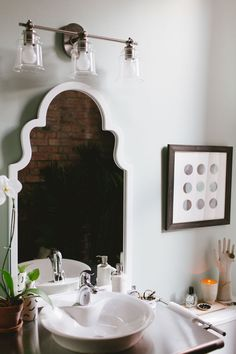 Design Sponge Bathrooms Fascinating A Bright Nashville Home For A Stylist And Musician  Design*sponge Design Inspiration