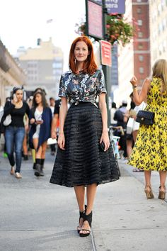 textured full skirt    ストリートスナップ [Taylor Tomashi Hill] | ニューヨーク | Fashionsnap.com