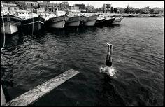 夏日的港口 Harbour in Summer / 1988.澎湖 虎井嶼 / 攝影:張詠捷 (Chang Yung-Chieh )