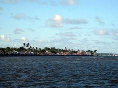 E se encantar com cada chegada a Porto Seguro. Bahia.