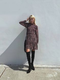 Sleeveless Turtleneck Top, Cropped Flare Pants, Midi Dress With Sleeves, Loungewear Set, Faux Leather Pants, Long Sweaters, Fall Outfits, Autumn Fashion, Beautiful Outfits