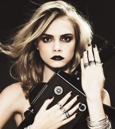 Cara Delevingne - love this strong editorial look