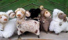 Маленькая отара овечек