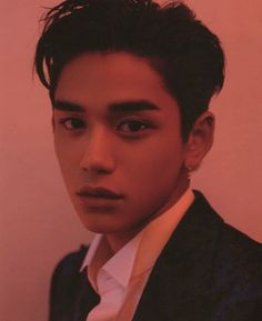 am i the only one who thinks lucas looks like the dude from i'm not a robot? (it is a k-drama. Lucas Nct, Nct 127, Jaehyun, Beautiful Boys, Pretty Boys, K Pop, Shinee, Taemin, Kim Kai