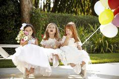 As daminhas de casamento são verdadeiras fofuras na cerimônia de casamento. Pensando nisso, a marca Geovanna Criança criou vestidos versáteis e delicados para a ocasião. Vem conferir!