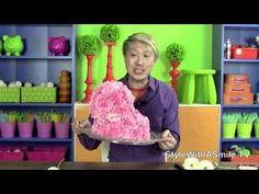 What's up, Doc? How about this fun video on how to make a bunny out of flowers. It's a great centerpiece for Easter, baby showers, or kids' parties.