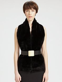 http://diamondsnap.com/maison-martin-margiela-reversible-fur-denim-scarf-p-20119.html