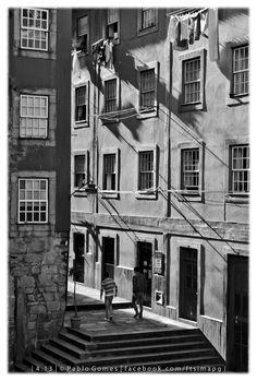 Rua da Lada / Calle de la Lada / Lada street [2013 - Ribeira, Porto / Oporto - Portugal] #fotografia #fotografias #photography #foto #fotos #photo #photos #local #locais #locals #baixa #baja #downtown #cidade #cidades #ciudad #ciudades #city #cities #europa #europe #turismo #tourism @Visit Portugal @ePortugal @WeBook Porto @OPORTO COOL @Oporto Lobers