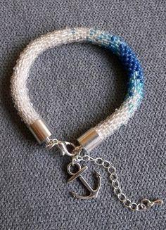 Kup mój przedmiot na #vintedpl http://www.vinted.pl/akcesoria/bizuteria/10218902-bialo-niebieska-bransoletka-z-koralikow-toho