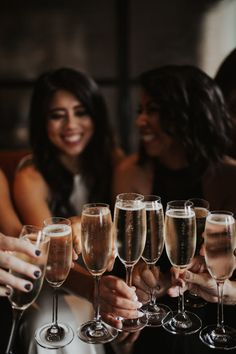 What To Do Once You're Engaged - Pacific Engagements Wedding Planning Tips - Engagement Champagne Party, Champagne Toast, Champagne Glasses, Party Photos, Wedding Photos, Fond Design, Muse, Wie Macht Man, Party Photography