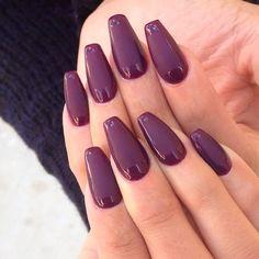 short coffin nails cute short nails pinterest schlichte n gel nagelschere und schlicht. Black Bedroom Furniture Sets. Home Design Ideas