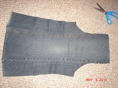 Avental feito com perna de calça jeans. Genial!