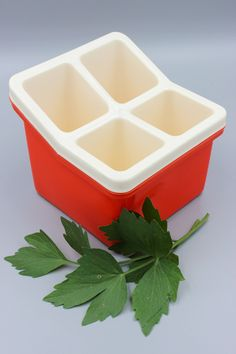 Vintage Cutlery, Kitchen Ware, Vintage Kitchen, Box, Cube, Container, Etsy Shop, Design, Flatware