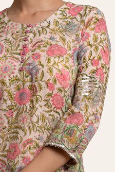 Designer Wear: Shop Designer Ethnic Wear by Farida Gupta Kurti Sleeves Design, Sleeves Designs For Dresses, Kurta Neck Design, Neck Designs For Suits, Dress Neck Designs, Sleeve Designs, Salwar Kameez Neck Designs, Salwar Designs, Kurta Patterns