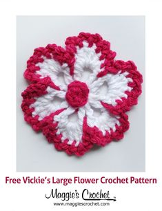 Vickies Large Flower Free Crochet Pattern from Maggies Crochet. ✿⊱╮Teresa Restegui https://www.pinterest.com/teretegui/✿⊱╮