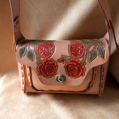 Retro Style Leather Purse with Classic Western by DavidsLederLaden