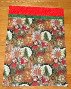 ! Sew we quilt: Comfort and Joy Guests is Thearica with Christmas ... 10 MINUTE PILLOWCASE TUTORIAL