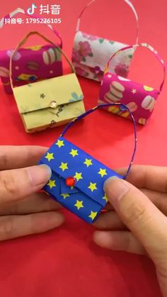 Easy kids craft ideas with paper, you can teach your baby ♥ :-O :-D easy crafts for kids videos 9 Lovely Paper Crafts - DIY Craft Ideas Instruções Origami, Paper Crafts Origami, Paper Crafts For Kids, Easy Crafts For Kids, Diy Paper, Paper Art, Origami Videos, Origami Bookmark, Oragami