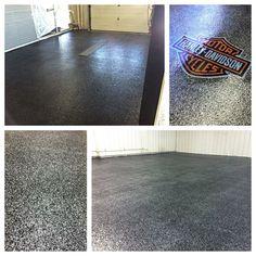 Salt Resistant Epoxy Flake Garage Floor with Logo in Findlay, Ohio.
