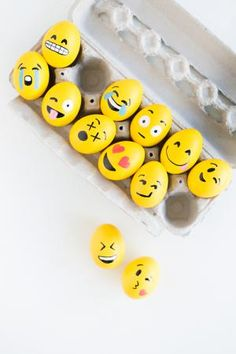 50 DIY Easter egg ideas that will get you ready for the Easter egg hunt this year. Dye and no-dye ideas that you will want to try.: DIY Emoji Easter Eggs