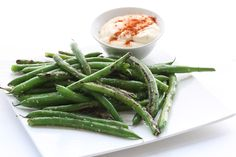 Blistered Green Beans with Spicy Aioli