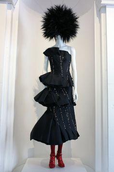 MET MUSEUM. PUNK: Chaos to Couture COSTUME INSTITUTE Exhibition