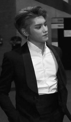 Nct Taeyong, Extended Play, Robert Pattinson, Kpop, Trauma, Winwin, Boyfriend Material, Jaehyun, Nct Dream