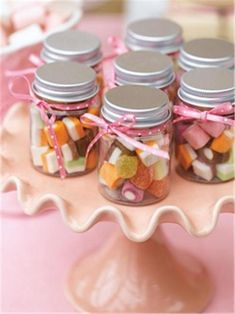11 Candy Themed Wedding Favor Ideas for Your Big Day
