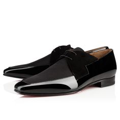 Christian Louboutin Men Derby : Discover the latest Men Derbies collection available at Christian Louboutin Online Boutique. Only Shoes, Men's Shoes, Shoes Men, Mens Boots Fashion, Fashion Shoes, Christian Louboutin Mens Sneakers, Classic Fashion Trends, Louboutin Online, Luxury Lifestyle Fashion