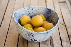 Keramik Salatschüssel weiß und blau von OritCreativeWorkshop