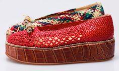 Zapatos de pisadas únicas. Producción artesanal