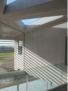 Sussex House by Wilkinson King Architects Interior Styling, Interior Design, Garden Design, House Design, Timber House, House In The Woods, Design Trends, Minimalism, Modern Design