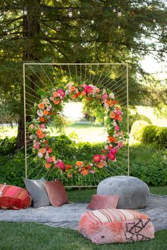 This floral mandala by was quite possibly one of the most magical things weve ever seen Vignette Design: Rugs pillows and poufs: Photo: Desi Wedding Decor, Wedding Stage Decorations, Backdrop Decorations, Flower Decorations, Backdrops, Photowall Ideas, Mehndi Decor, Mehendi, Event Decor