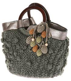 ponponlu örgü çanta modeli