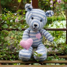 Camille - Knitted Teddy Mönster Go Handmade Knitting Patterns Free, Knit Patterns, Free Knitting, Free Pattern, Diy Crochet Amigurumi, Knit Or Crochet, Camille, Toy Craft, Knitted Dolls