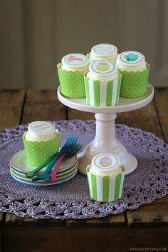 Marzipan-Ananas-Cupcakes by windgestalt, via Flickr